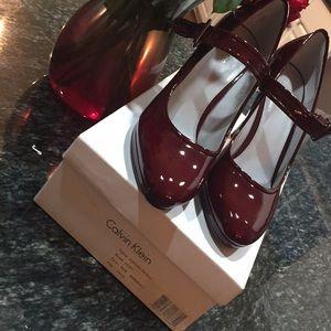 Calvin Klein 9.5M Bordeaux Patent Platform Heels